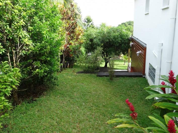 Location de vacances - Studio à Vincendo - coté du jardin