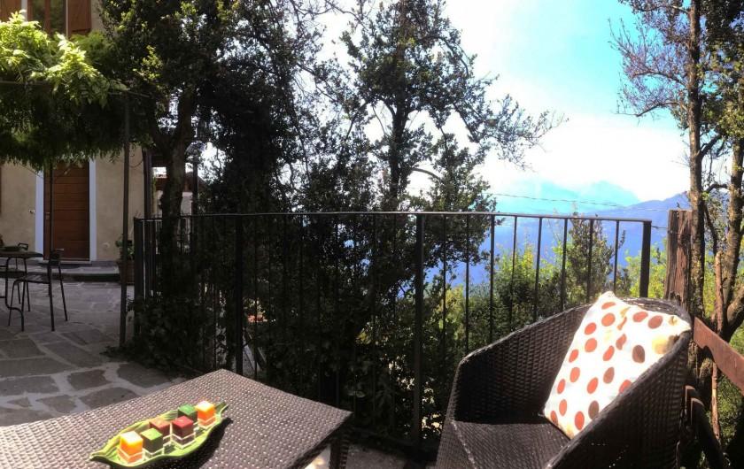 Location de vacances - Appartement à Bellano - la terrasse dehors l'appartement n 703