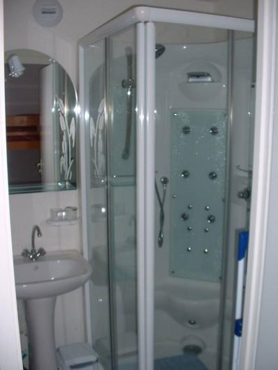 Location de vacances - Appartement à Modane - Salle de bain
