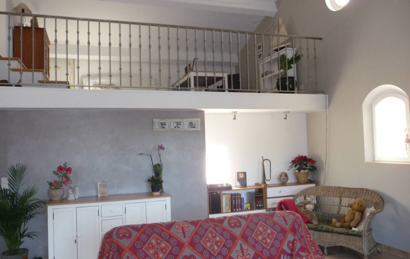 Location de vacances - Villa à Fréjus - vue sur mezzanine