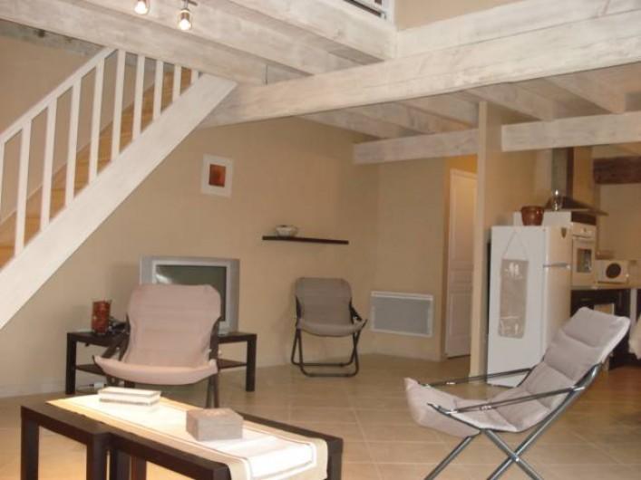 Location de vacances - Gîte à Neuvicq-le-Château - salon