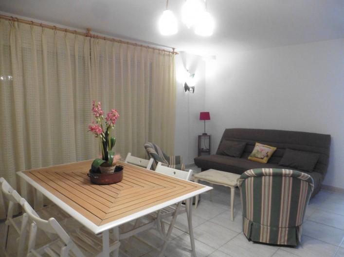 Location de vacances - Appartement à L'Estartit - salon , salle a manger