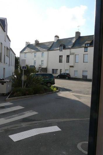 Location de vacances - Appartement à Saint-Malo - vue depuis  la porte d'entrée de l'appartement TRES TRANQUILLE