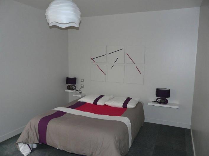 Location de vacances - Appartement à Saint-Malo - lit de 140 de large