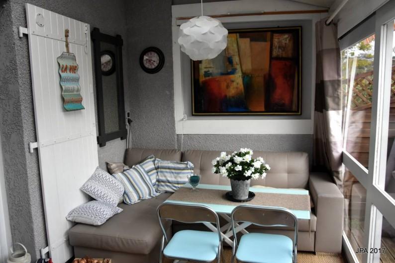 Location de vacances - Maison - Villa à Portiragnes - coin salon d'été