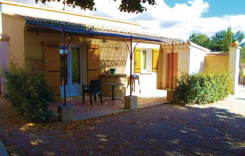 "Location de vacances - Gîte à Carpentras - Studio ""La Véranda"""