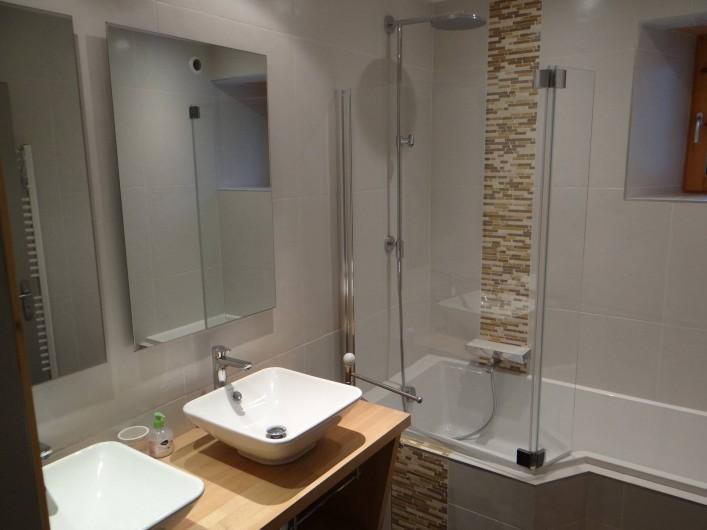 Location de vacances - Gîte à Monistrol-sur-Loire - salle de bain