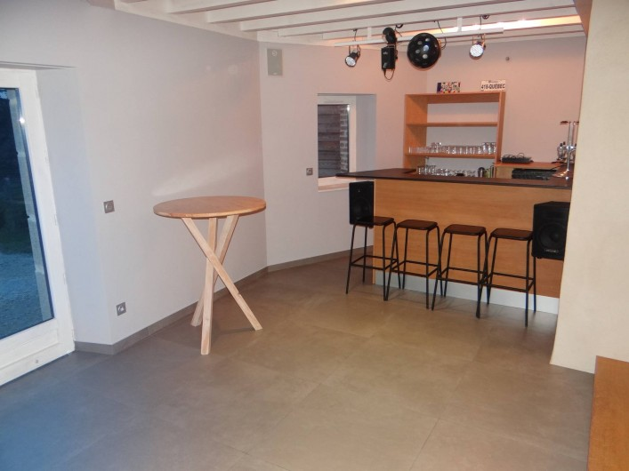 Location de vacances - Gîte à Monistrol-sur-Loire - salon bar