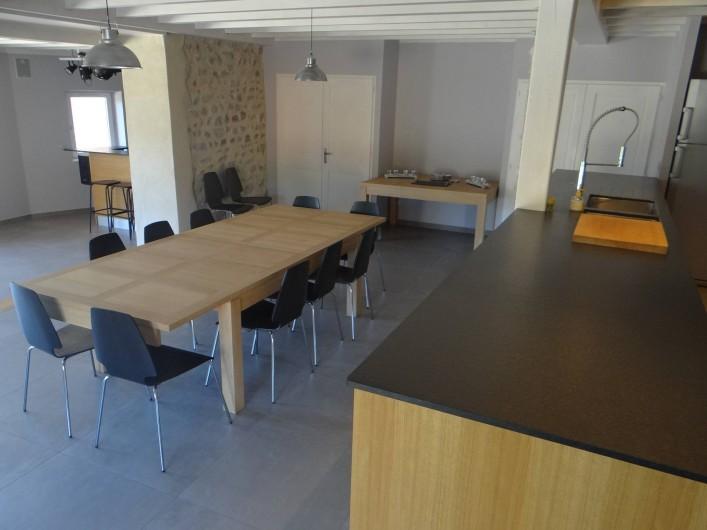 Location de vacances - Gîte à Monistrol-sur-Loire - salle à manger modulable