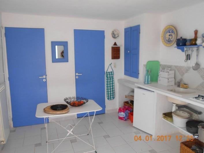 Location de vacances - Gîte à Villecroze - CUISINE ANNEXE