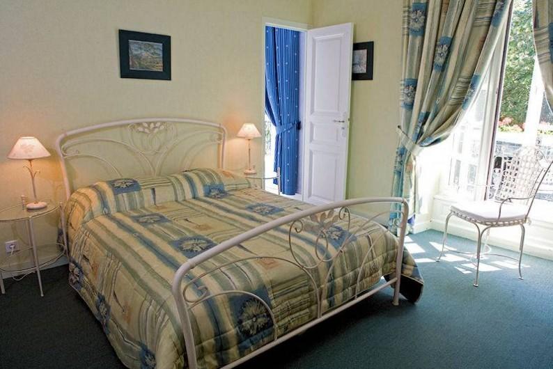 Location de vacances - Chambre d'hôtes à Juillé - chambre FLORE VERT