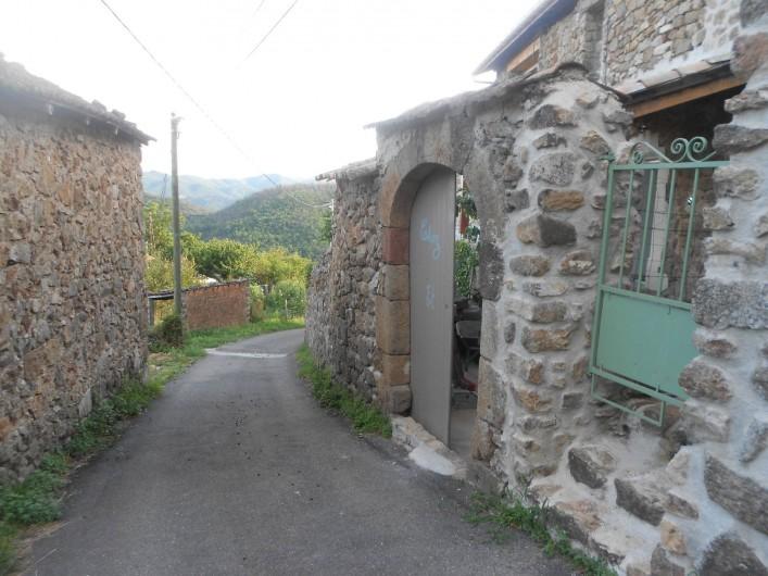 Location de vacances - Gîte à Vals-les-Bains - L'entrée de la location