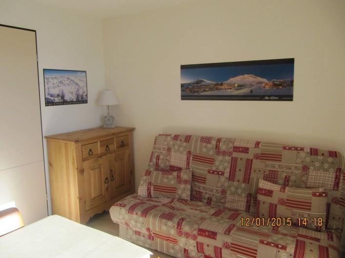 Location de vacances - Studio à L'Alpe d'Huez - Salon  Lit canapé