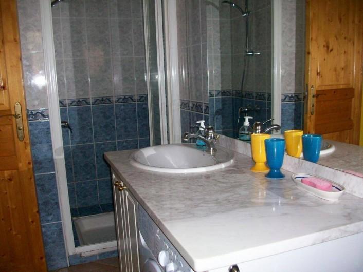 Location de vacances - Gîte à Formiguères - Salle d'eau
