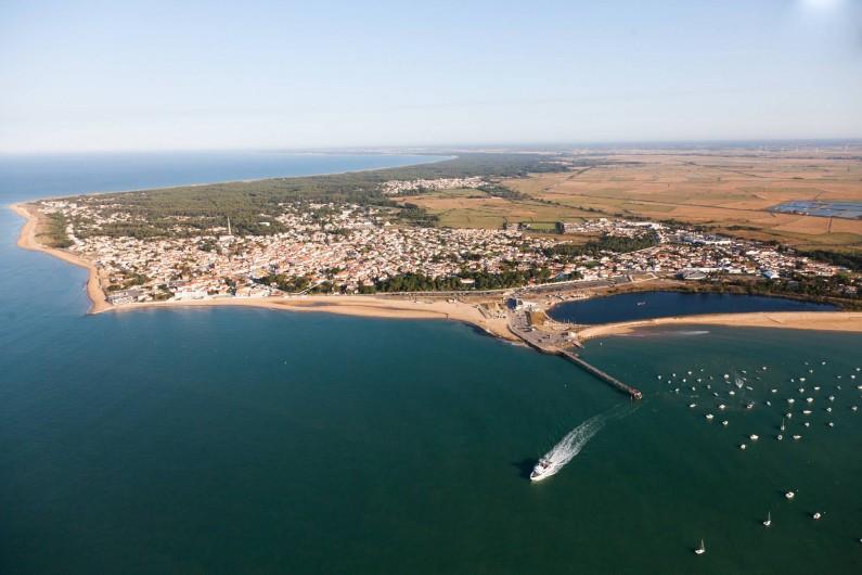 Location de vacances - Camping à La Tranche-sur-Mer - Vue Aérienne de la Tranche Sur Mer