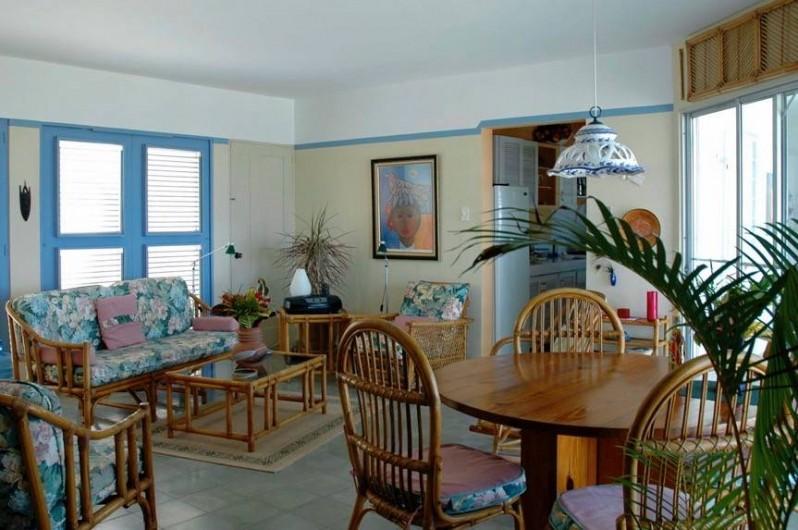 Location de vacances - Villa à Cabrera - Séjour de la villa avec table de salle à dîner