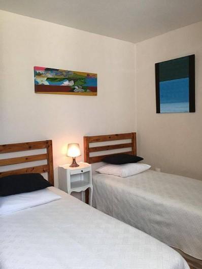 Location de vacances - Villa à Calvi - Chambres 2 lit en 90