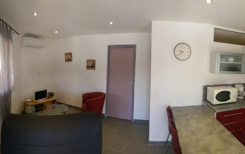Location de vacances - Studio à Porto-Vecchio - Vue de l'entrée