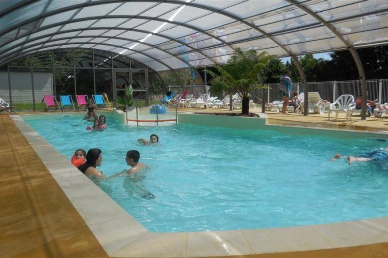 Camping avec piscine matignon dans les c tes d 39 armor en for Camping mimizan plage avec piscine