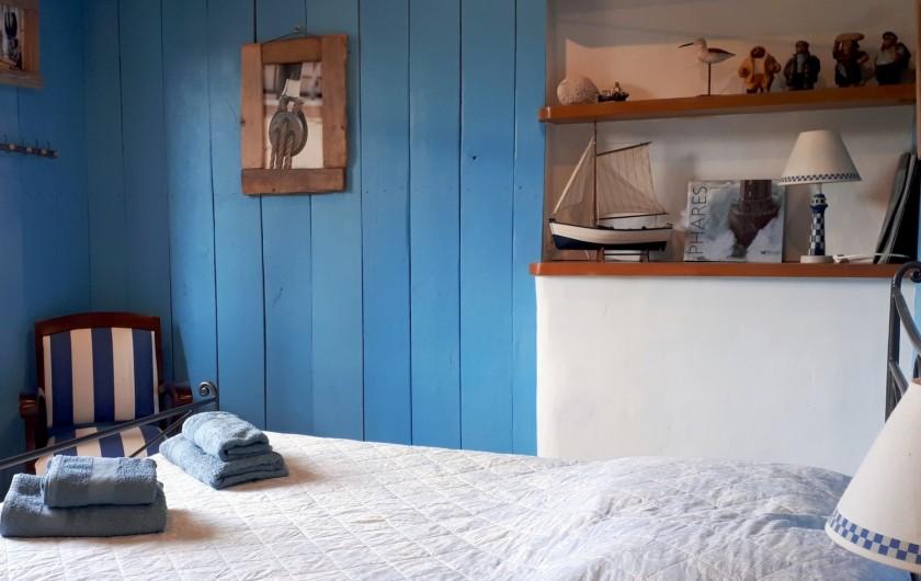 Location de vacances - Villa à Seillans - La chambre double lits rez de jardin