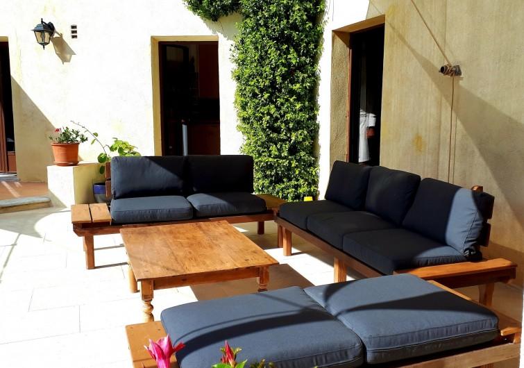 Location de vacances - Villa à Seillans - Le salon d'extérieur