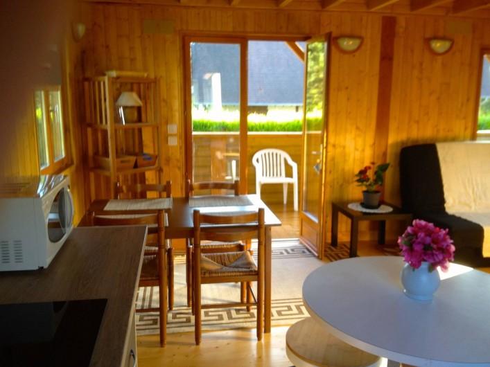 Location de vacances - Chambre d'hôtes à Poses - coin repas