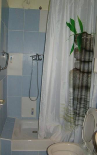 Location de vacances - Mas à Aureille - cabinet de toilette