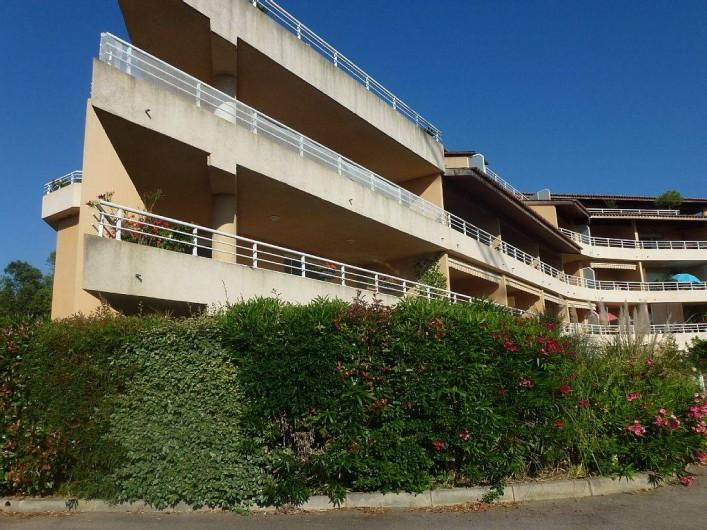 Location de vacances - Appartement à Porticcio - appartement 2 pièces de 55 m2 à 300 mètres de la plage d'Agosta