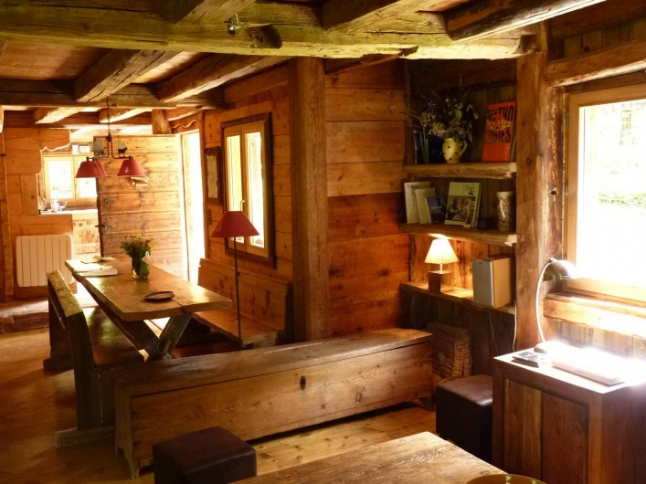 Location de vacances - Chalet à Saint-Gervais-les-Bains - salon et salle a manger