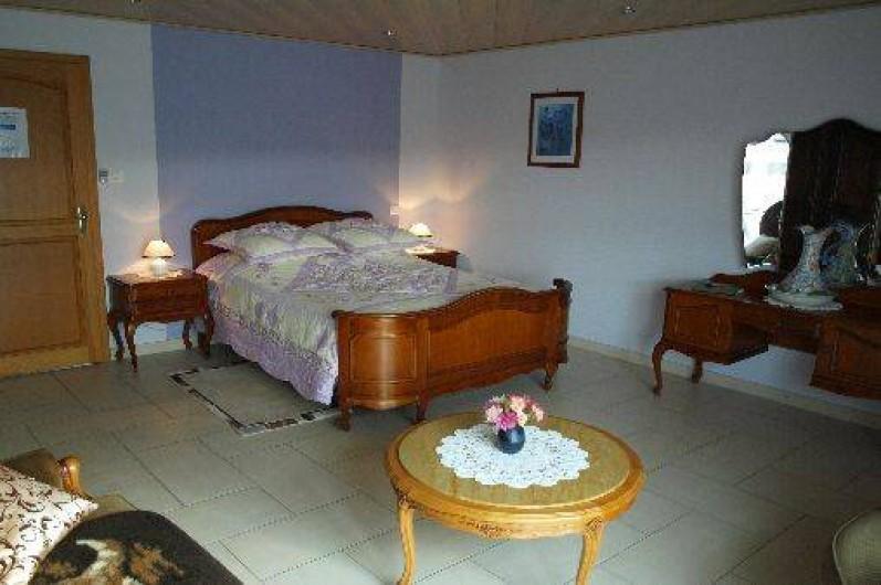 Location de vacances - Chambre d'hôtes à Saint-Pierre-Bois - Chambre lilas