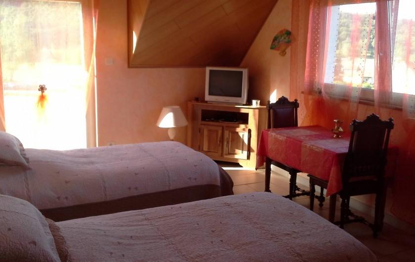 Location de vacances - Chambre d'hôtes à Saint-Pierre-Bois - Chambre magnolia