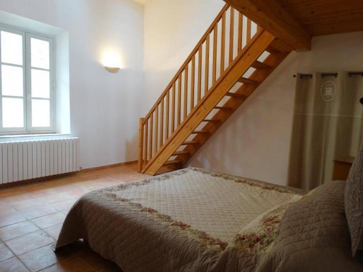Location de vacances - Gîte à Montferrat - Chambre avec mezzanine