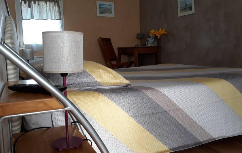 Location de vacances - Gîte à Port-Saint-Père - Très belle chambre et ses deux couchages
