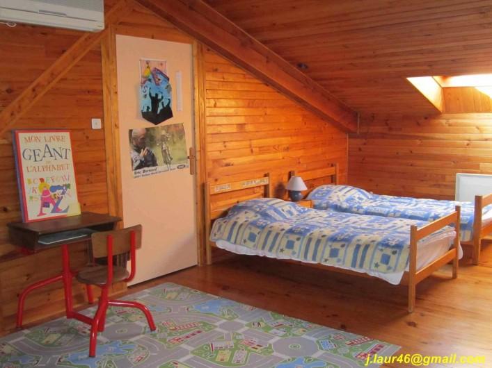 Location de vacances - Gîte à Valprionde - La mezzanine et ses 2 lits en 90