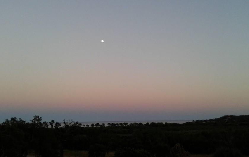 """Location de vacances - Villa à Sainte-Lucie de Porto-Vecchio - Vue depuis suite parentale """"Coucher de soleil"""""""