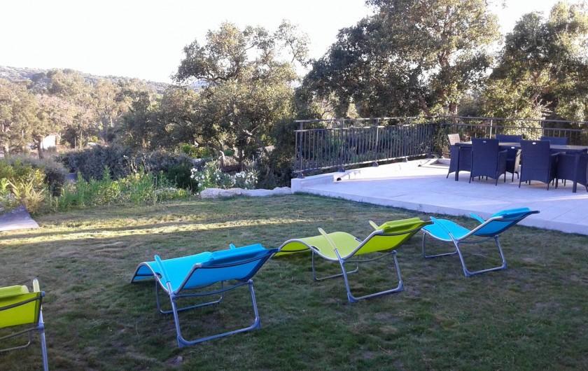 Location de vacances - Villa à Sainte-Lucie de Porto-Vecchio - Terrasse avant
