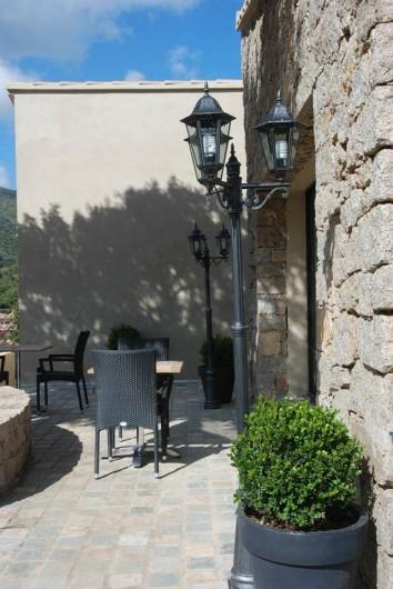 """chambres d'hôtes """"la bergerie"""" sur les hauteurs d'ajaccio - alata"""