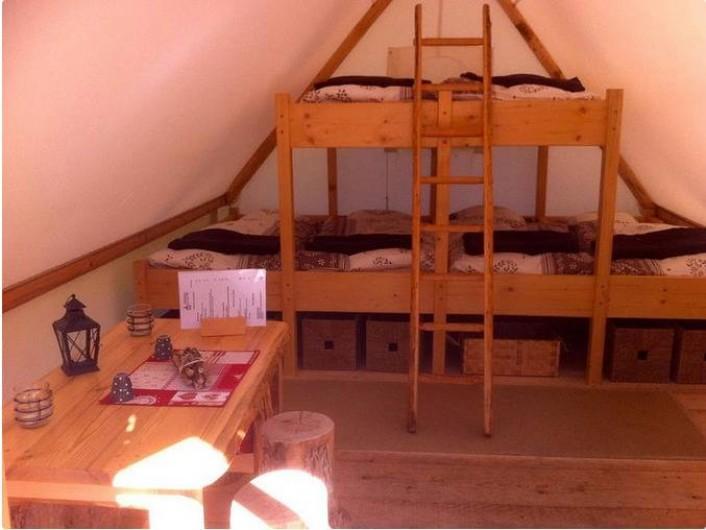 Location de vacances - Tipi à Mont-Saxonnex - Intérieur d'un hébergement famille insolite Ketaya chez Altipik