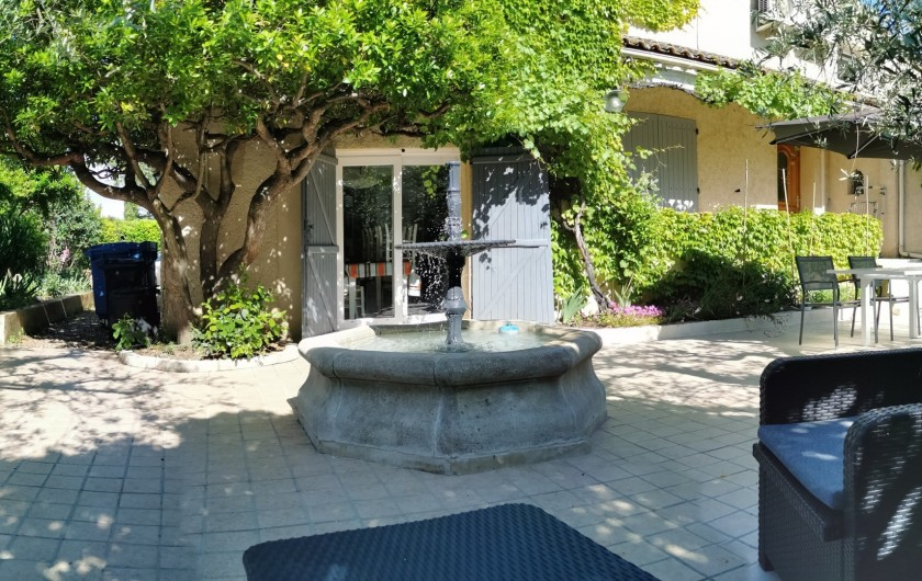 Location de vacances - Villa à Bezouce - Terrasse du gîte