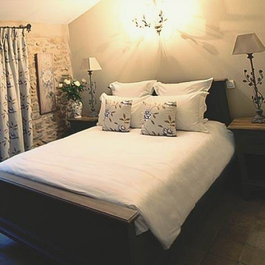 Location de vacances - Chambre d'hôtes à Mornas - La Grive Musicienne