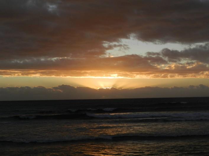 Location de vacances - Studio à La Saline-Les-Bains - Magnifique coucher de soleil