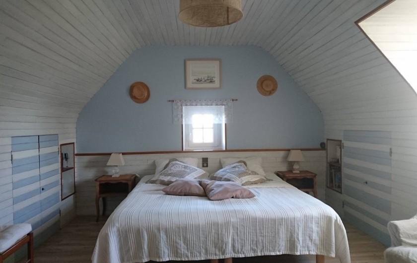 """Location de vacances - Gîte à Louannec - Gite """"Boc'han"""" chambre 3 personnes"""