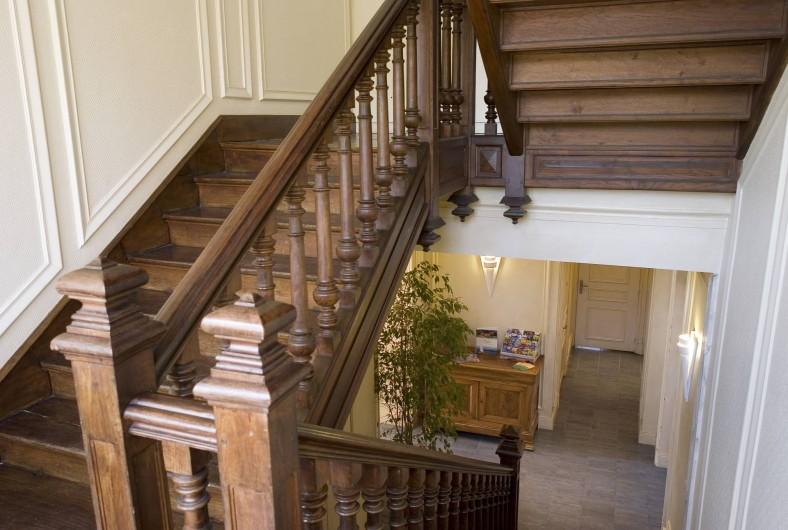 Location de vacances - Appartement à Cabourg - Escalier Villa