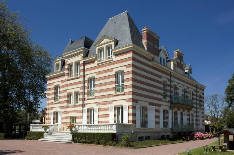 Location de vacances - Appartement à Cabourg - Façade Arrière Côté Casino