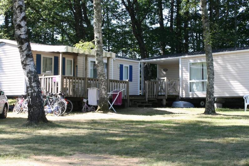 Location de vacances - Bungalow - Mobilhome à Beynat - Cottage Tribu, 2 mobilhomes accolés pour accueillir toute votre tribu.