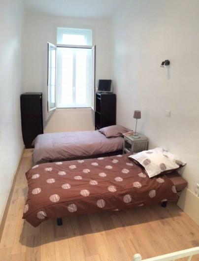 Location de vacances - Appartement à Marseille - Chambre 2 de 12 m2 : 3 lits 1 place 90 cm