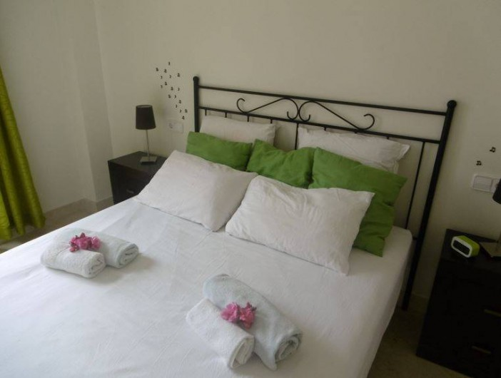 Location de vacances - Appartement à Marina de Casares - vue de la chambre principale