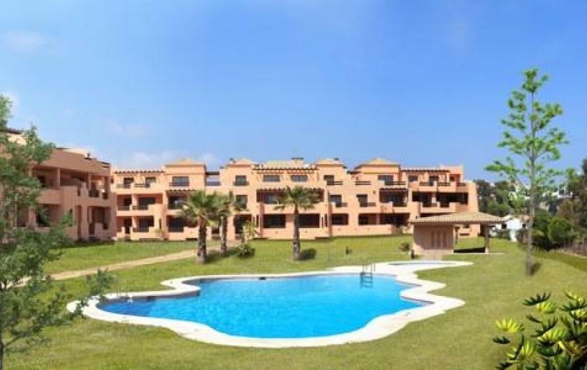 Location de vacances - Appartement à Marina de Casares - l'appartement se  trouve au premier étage.  Il est accessible par un ascenseur