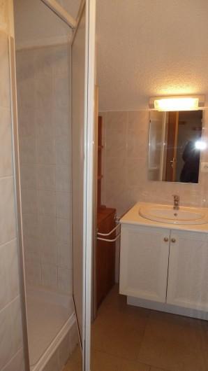 Location de vacances - Gîte à Valmeinier - La salle d'eau