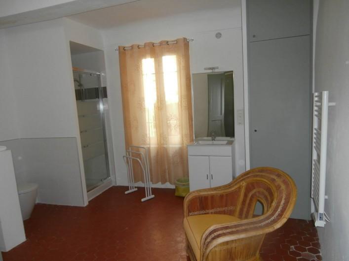 Location de vacances - Chambre d'hôtes à Bouyon - SALLE D'EAU CHAMBRES MAGALI 1 ET 2